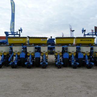 Atria - 6 and 8 rows